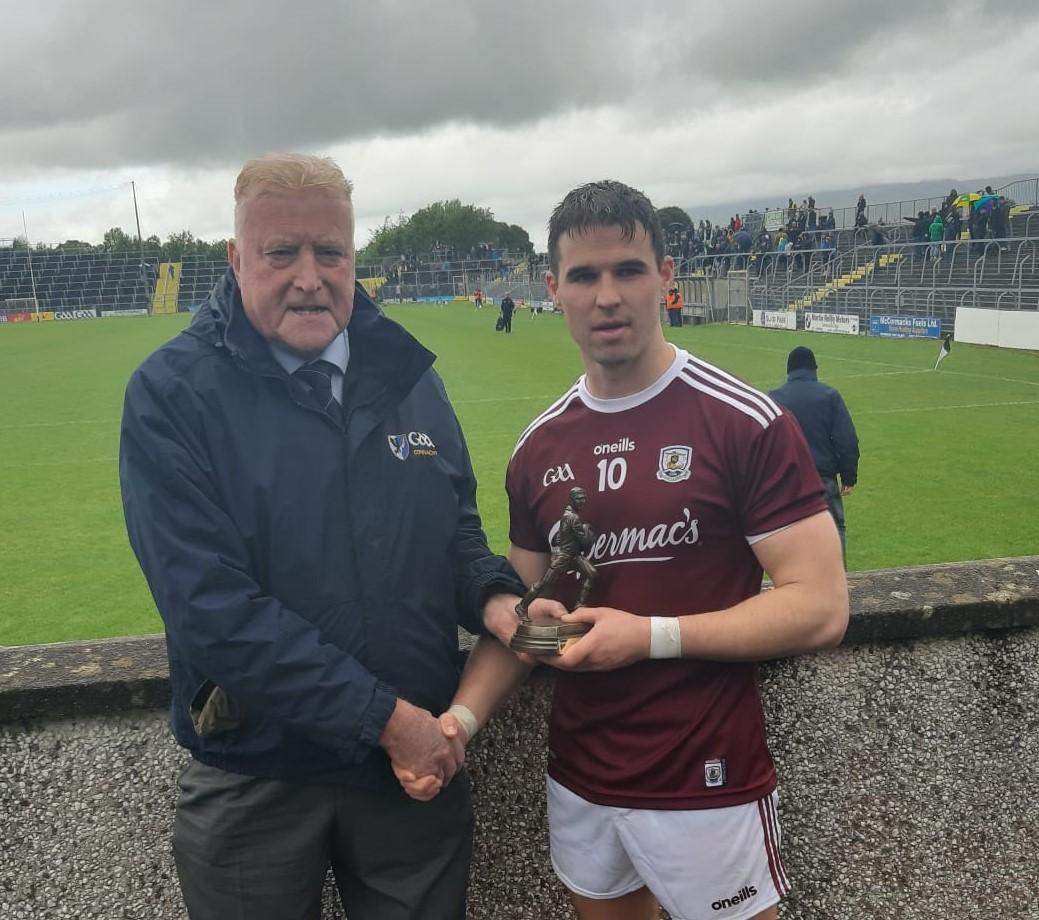 Galway Juniors Cruise Past Sligo
